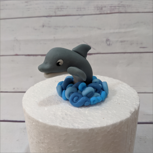 Tortendekoration Delfin Delphin-Geburtstagstortemodelliert-Handmodelliert-Figuren-Fondant-Hochzeitstorten-Geburtstagstorten-Torten-Tuning-Suhl