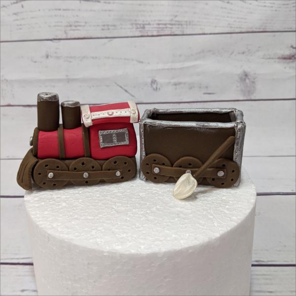 Tortendekoration Lok Eisenbahn Lokomotive-modellierte-Figuren-Fondant-Ilmenau-Torten-Kindergeburtstag-Tortendekor-Zuckerfigur-essbare-Figur-Torten-Tuning-Suhl-Meiningen-Coburg-Hildburghausen