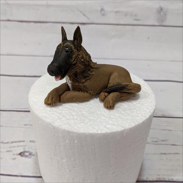 Tortendekoration Belgischer Schäferhund Sch-ferhund-modellierte-Figuren-Fondant-Ilmenau-Torten-Kindergeburtstag-Tortendekor-Zuckerfigur-essbare-Figur-Torten-Tuning-Suhl-Meiningen-Coburg-Hildburghausen