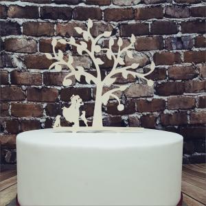 Cake Topper Brautpaar mit Hunden Torten-Tuning-Cake-Topper_Brautpaar-mit-Baum-und-Hunde_Erlau_Erfurt