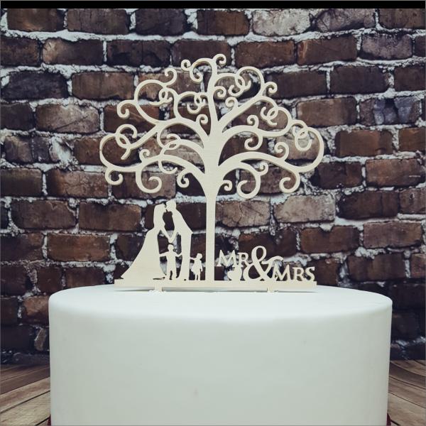 Cake Topper Hochzeitspaar mit Kindern Torten-Tuning-Cake-Topper_Mr-Mrs-mit-Kindern-und-Lebensbaum_Erlau_Schleusingen
