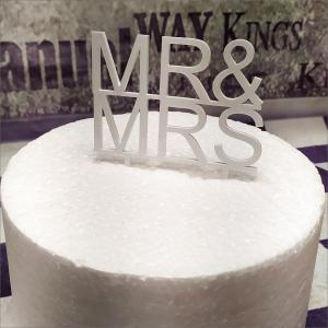 Cake Topper Hochzeit Torten-Tuning-Cake-Topper_Schriftzug-Mr-Mrs_Erlau_Hildburghausen