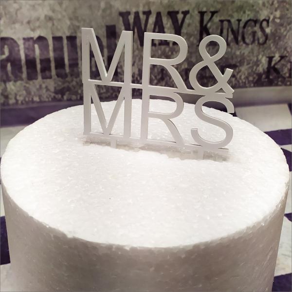 Torten-Tuning-Cake-Topper_Schriftzug-Mr-Mrs_Erlau_Hildburghausen