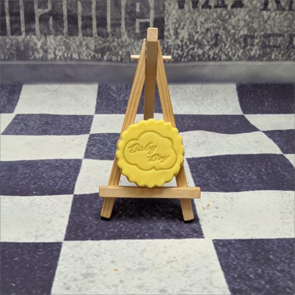 Backzubehör backen Tortendekorieren Fondantfiguren Caketopper Lebensmittelfarben Hochzeitstorten Geburtstagstorten modellierte Figuren aus Fondant Kekse mit stempelmotiv keksstempel fondantstempel schriftstempel