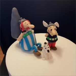 Tortendekoration Asterix Obelix Idefix Torten-Tuning-essbare-Figuren-aus-Fondant-Asterix-u-Obelix-Hildburghausen-Erlau
