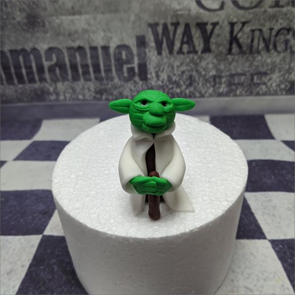 Tortendekoration Meister Yoda Torten-Tuning-essbare-Figuren-aus-Fondant-Star-Wars-Joda-Eisenach-Bad-Salzungen