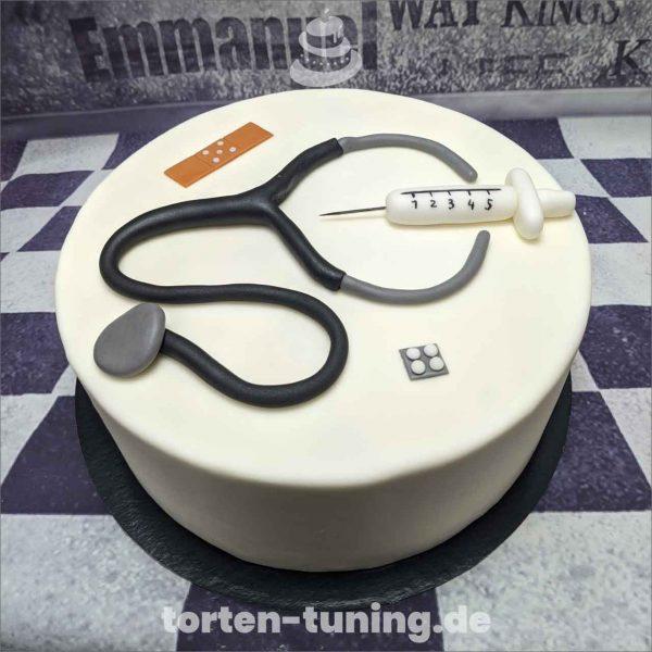 Arzt Tortenfiguren Arzt Stetoskop Torten Tuning Tortendekoration Geburtstagstorten Suhl Thüringen Backzubehörshop online bestellen Hochzeitstorte Catering modell