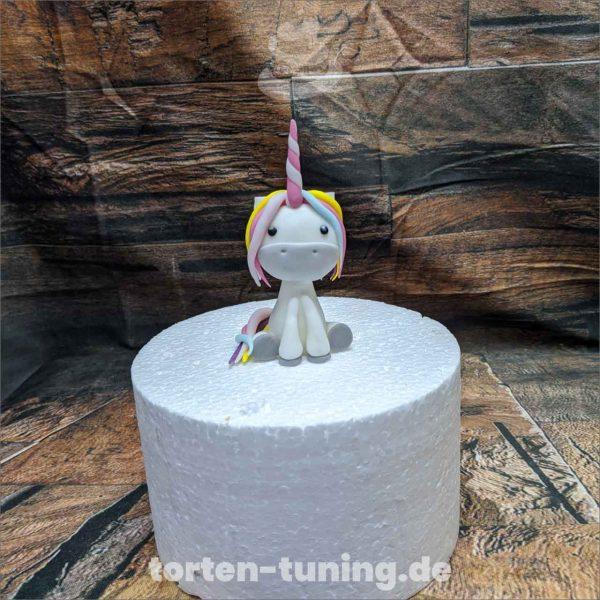 Kinder Einhorn Tortenfigur Einhorn modellierte Figur Fondantfigur Tortenfigur Torte Torten Tuning Geburtstagstorte Suhl Hochzeitstorte Kindertorten Babytorten Fondant online