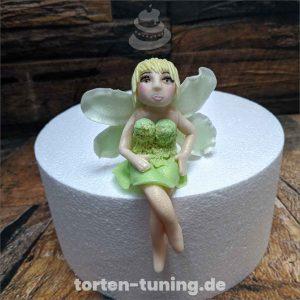 Tortenfigur Tinkerbell Fee Kaninchen Baby Torte Torten Tuning Tortendekoration Geburtstagstorten Suhl Thüringen Backzubehörshop online bestellen Backkurse modellierte Figuren Kindergeburtsta