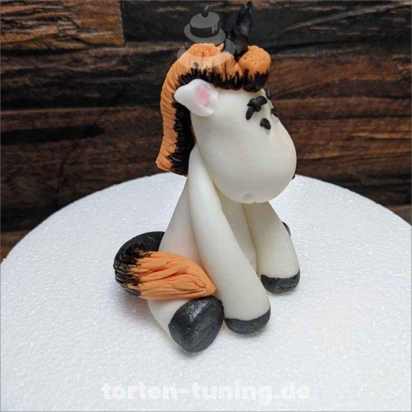 Kaninchen Baby Torte Torten Tuning Tortendekoration Geburtstagstorten Suhl Thüringen Backzubehörshop online bestellen Backkurse modellierte Figuren Kindergeburtsta