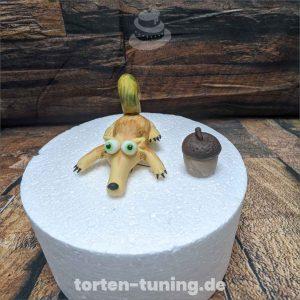 Ice Age Scrat modellierte Figur Fondantfigur Tortenfigur Torte Torten Tuning Geburtstagstorte Suhl Hochzeitstorte Kindertorten Babytorten Fondant
