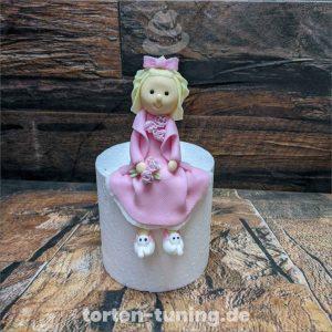tortenfiguren Mädchen modellierte Figur Fondantfigur Tortenfigur Torte Torten Tuning Geburtstagstorte Suhl Hochzeitstorte Kindertorten Babytorten Fondant online