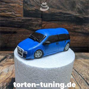 Audi Tortenfigur in Wunschfarbe Auto Audi blau modellierte Figur Fondantfigur Tortenfigur Torte Torten Tuning Geburtstagstorte Suhl Hochzeitstorte Kindertorten Babytorten Fondant online