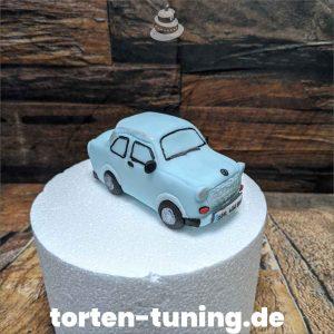 Trabi Tortenfigur Auto modellierte Figur Fondantfigur Tortenfigur Torte Torten Tuning Geburtstagstorte Suhl Hochzeitstorte Kindertorten Babytorten Fondant online