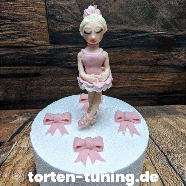 Ballarina Tortenfigur Ballerina modellierte Figur Fondantfigur Tortenfigur Torte Torten Tuning Geburtstagstorte Suhl Hochzeitstorte Kindertorten Babytorten Fondant online