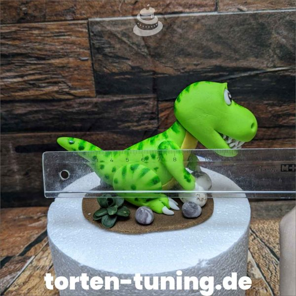 Dinosaurier Grün modellierte Figur Fondantfigur Tortenfigur Torte Torten Tuning Geburtstagstorte Suhl Hochzeitstorte Kindertorten Babytorten Fondant online