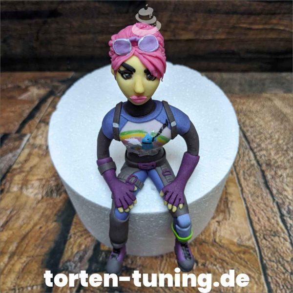Fortnite Farbbomber modellierte Figur Fondantfigur Tortenfigur Torte Torten Tuning Geburtstagstorte Suhl Hochzeitstorte Kindertorten Babytorten Fondant online