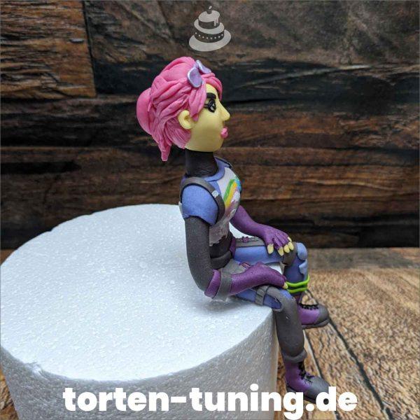 Fortnite Figur modellierte Figur Fondantfigur Tortenfigur Torte Torten Tuning Geburtstagstorte Suhl Hochzeitstorte Kindertorten Babytorten Fondant online