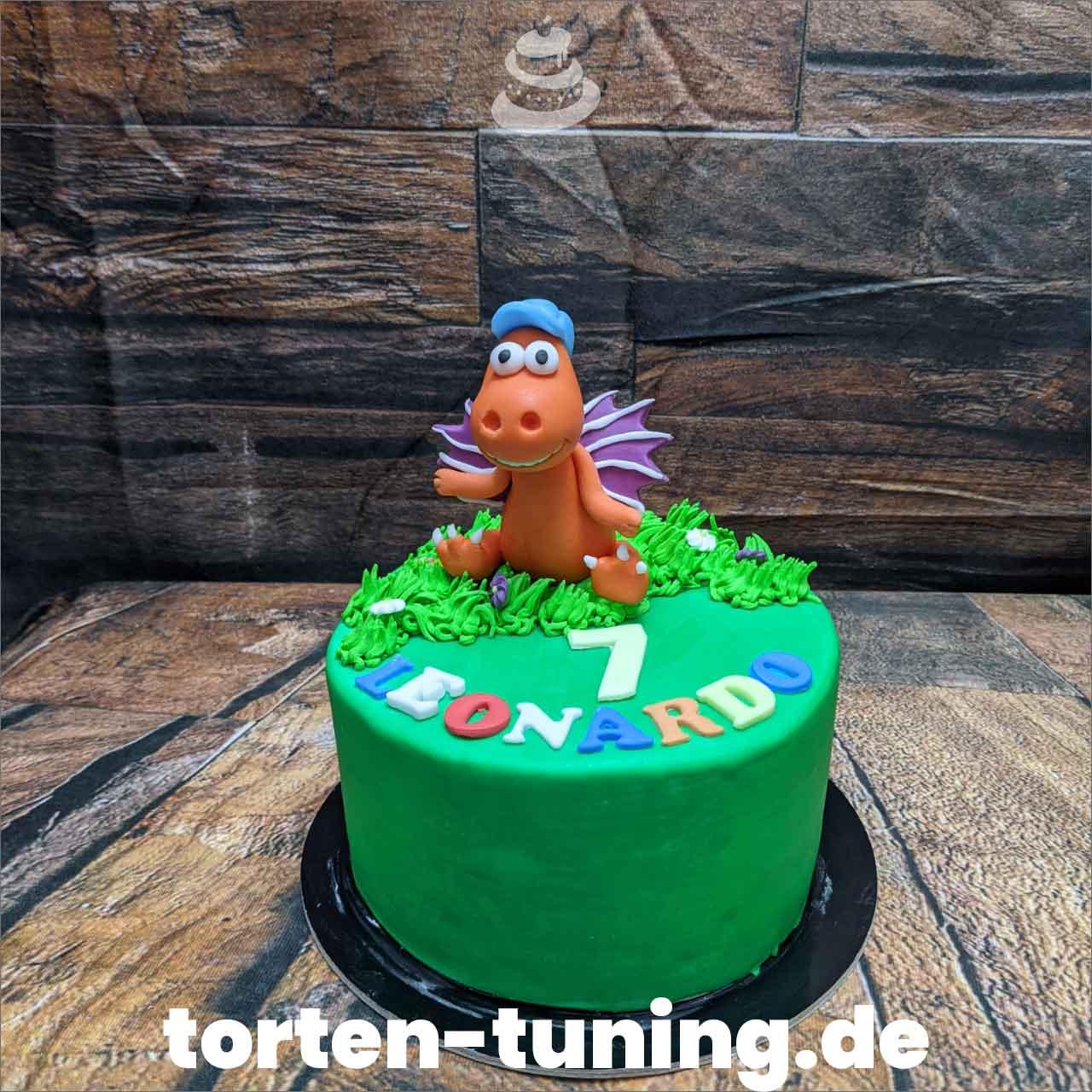 Drache Kokosnuss Torten Tuning Tortendekoration Geburtstagstorten Suhl Thüringen Backzubehörshop online bestellen Jugendweihe modellierte Figur