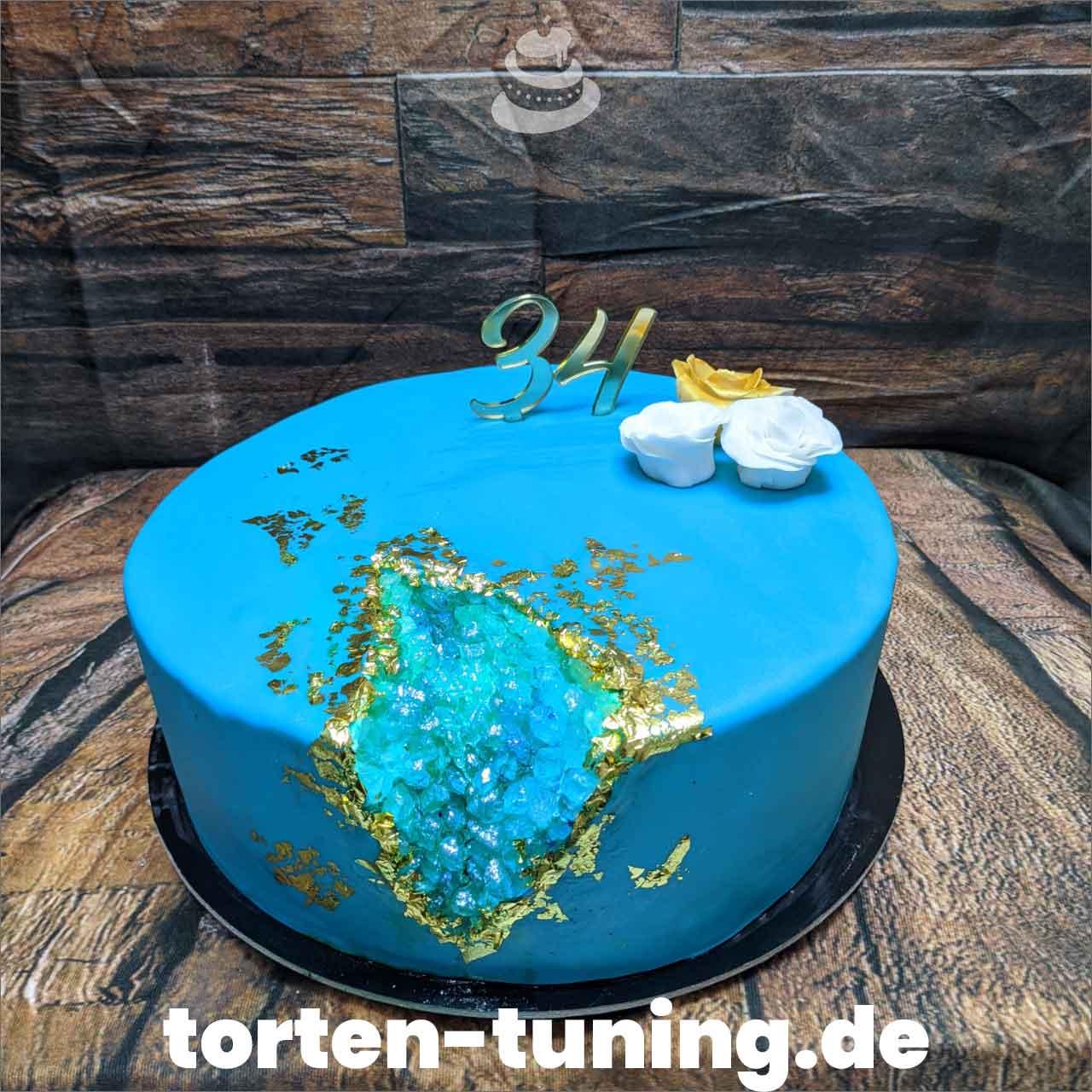 Geode Cake Torten Tuning Tortendekoration Geburtstagstorten Suhl Thüringen Backzubehörshop online bestellen Jugendweihe modellierte Figur