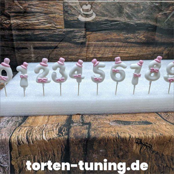 Fondantzahlen rosa Schleife modellierte Figur Fondantfigur Tortenfigur Torte Torten Tuning Geburtstagstorte Suhl Hochzeitstorte Kindertorten Babytorten Fondant online