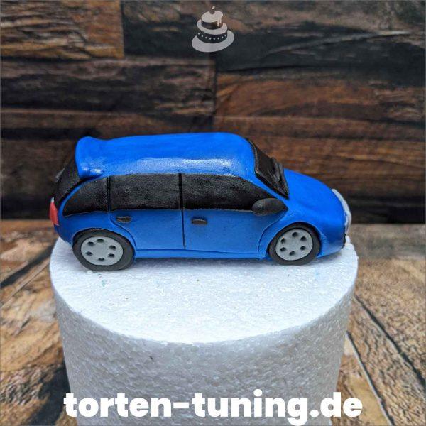blauer Audi kombi modellierte Figur Fondantfigur Tortenfigur Torte Torten Tuning Geburtstagstorte Suhl Hochzeitstorte Kindertorten Babytorten Fondant online