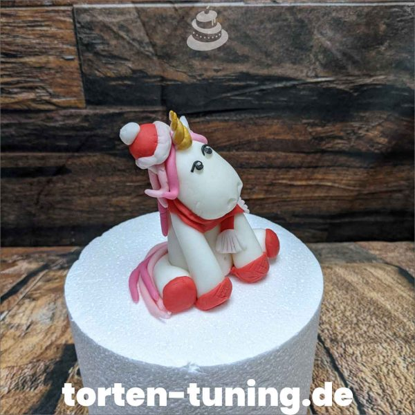 einhorn weihnachtsmütze modellierte Figur Fondantfigur Tortenfigur Torte Torten Tuning Geburtstagstorte Suhl Hochzeitstorte Kindertorten Babytorten Fondant online
