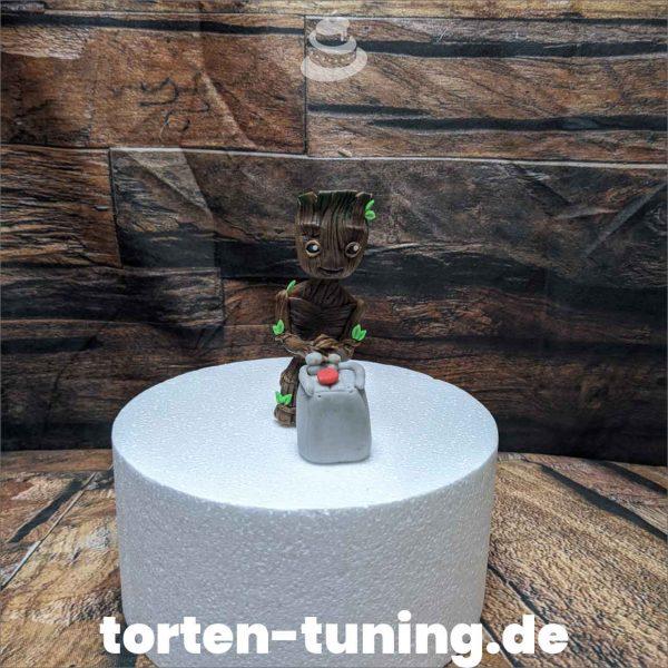 groot mit knopf modellierte Figur Fondantfigur Tortenfigur Torte Torten Tuning Geburtstagstorte Suhl Hochzeitstorte Kindertorten Babytorten Fondant online