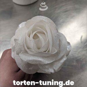 Wafer Paper Rose weiß wafer paper rose modellierte Figur Fondantfigur Tortenfigur Torte Torten Tuning Geburtstagstorte Suhl Hochzeitstorte Kindertorten Babytorten Fondant online