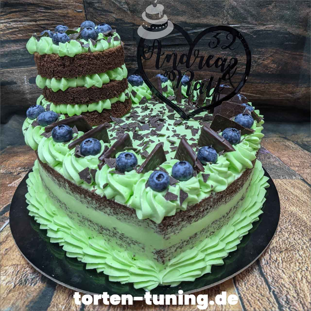 After Eight Herztorte Dripcake Obsttorte Geburtstagstorte Motivtorte Torte Tortendekoration Torte online bestellen Suhl Thüringen Torten Tuning Sahnetorte Tortenfiguren Cake Topper