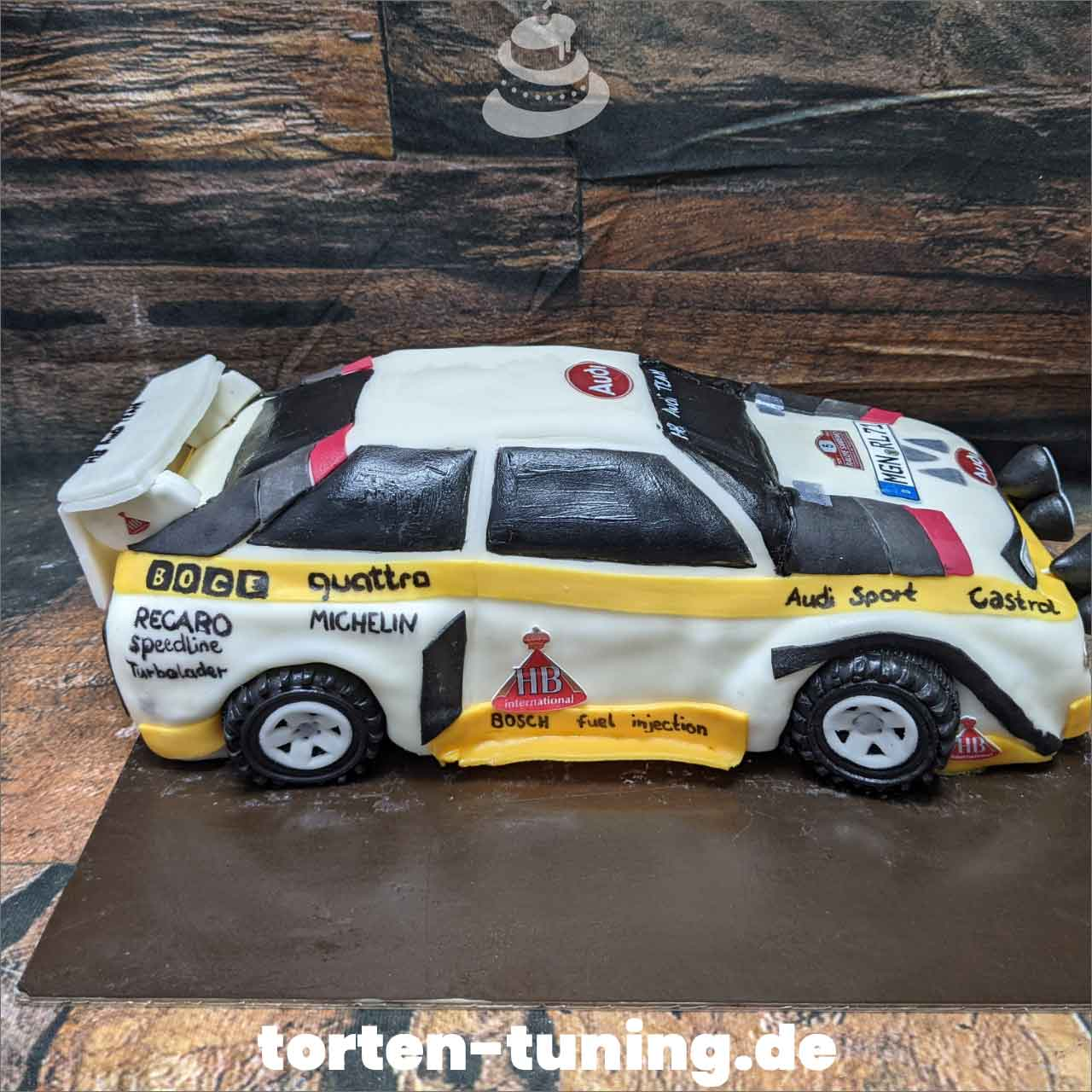 Audi quattro Walter röhrl Dripcake Obsttorte Geburtstagstorte Motivtorte Torte Tortendekoration Torte online bestellen Suhl Thüringen Torten Tuning Sahnetorte Tortenfiguren Cake Topper