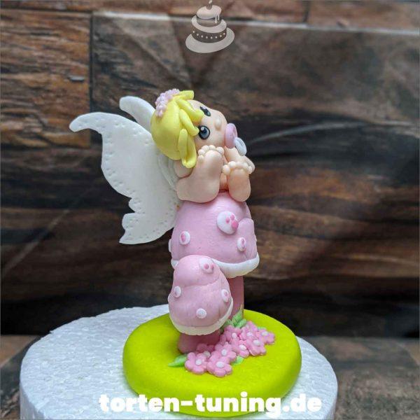 Baby Fee Babyfee Tortendekoration online bestellen Fondantfiguren modellierte essbare Figuren aus Fondant Backzubehör Tortenfiguren Tortenfigur individuelle Tortendeko
