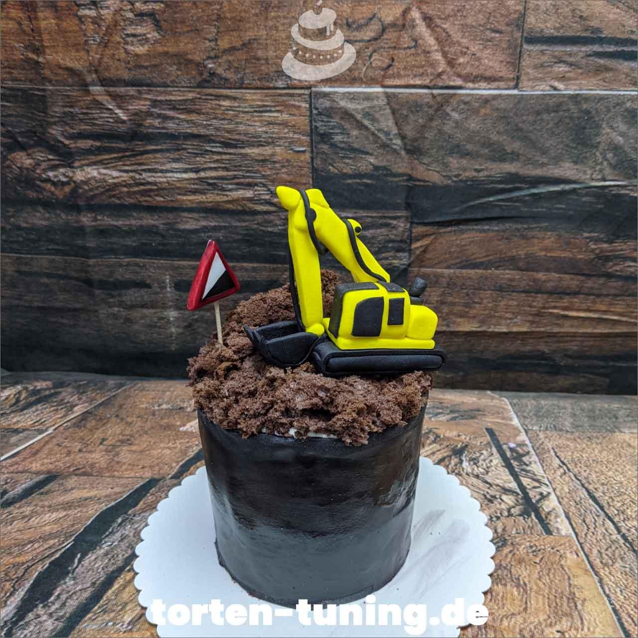 Bagger Dripcake Obsttorte Geburtstagstorte Motivtorte Torte Tortendekoration Torte online bestellen Suhl Thüringen Torten Tuning Sahnetorte Tortenfiguren Cake Topper