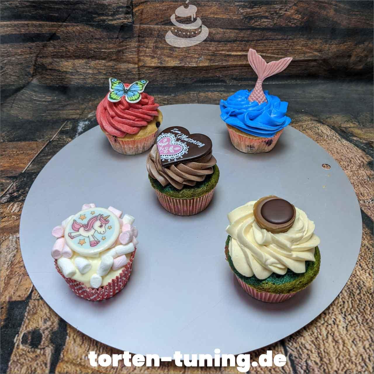 Cupcakes Dripcake Obsttorte Geburtstagstorte Motivtorte Torte Tortendekoration Torte online bestellen Suhl Thüringen Torten Tuning Sahnetorte Tortenfiguren Cake Topper