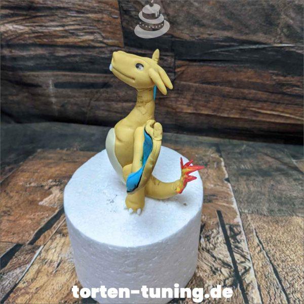 Glurak Pokemon Drache Tortendekoration online bestellen Fondantfiguren modellierte essbare Figuren aus Fondant Backzubehör Tortenfiguren Tortenfigur individuelle Tortendeko