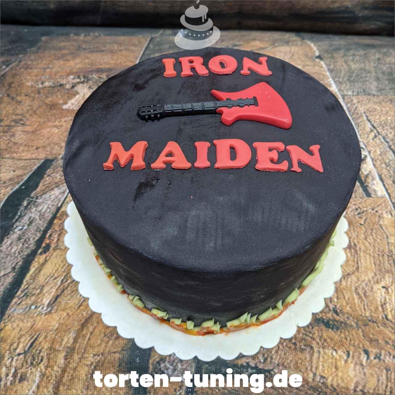 Iron Maiden Dripcake Obsttorte Geburtstagstorte Motivtorte Torte Tortendekoration Torte online bestellen Suhl Thüringen Torten Tuning Sahnetorte Tortenfiguren Cake Topper