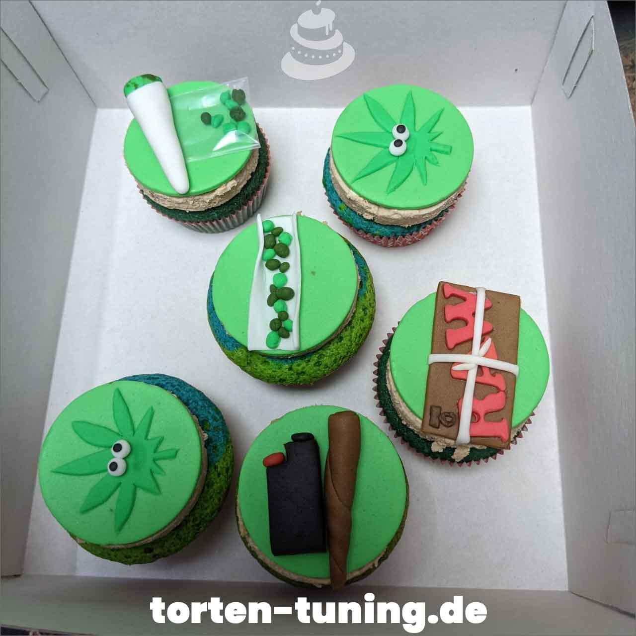 Kiffer Cupcakes Dripcake Obsttorte Geburtstagstorte Motivtorte Torte Tortendekoration Torte online bestellen Suhl Thüringen Torten Tuning Sahnetorte Tortenfiguren Cake Topper