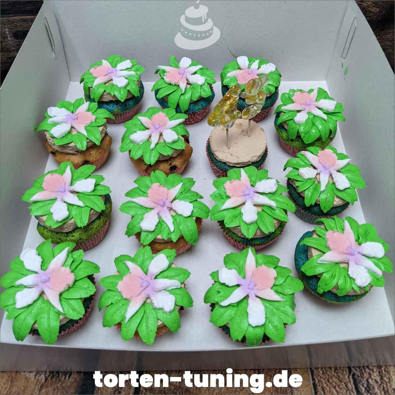 Orchideen Cupcakes Dripcake Obsttorte Geburtstagstorte Motivtorte Torte Tortendekoration Torte online bestellen Suhl Thüringen Torten Tuning Sahnetorte Tortenfiguren Cake Topper