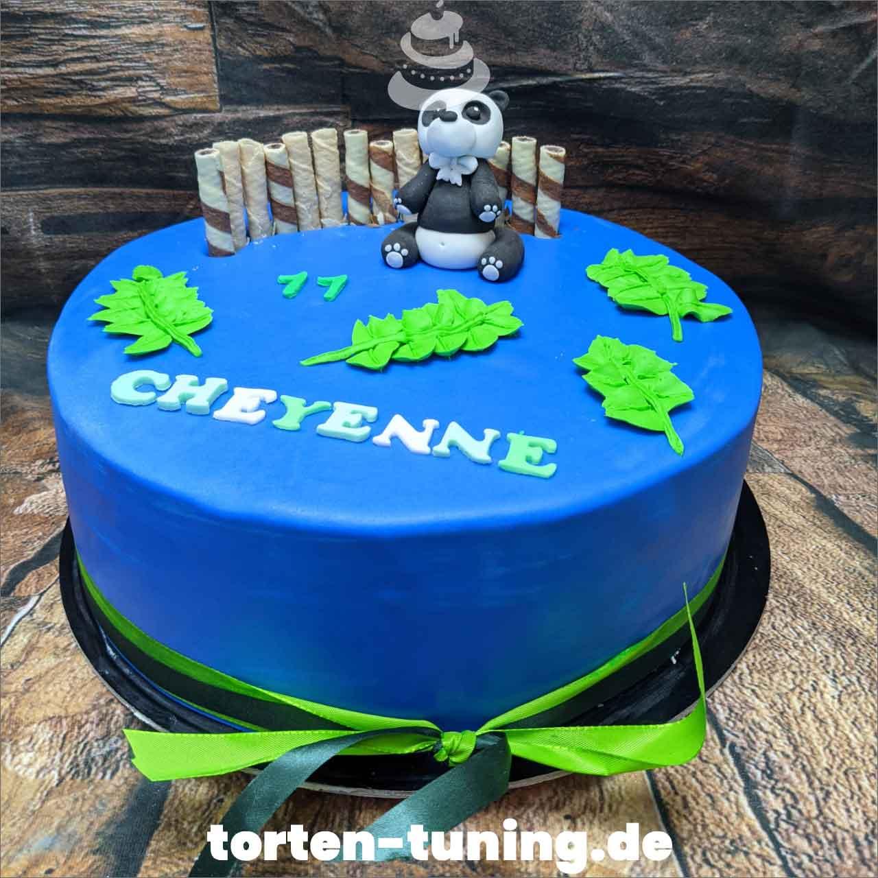 Panda Dripcake Obsttorte Geburtstagstorte Motivtorte Torte Tortendekoration Torte online bestellen Suhl Thüringen Torten Tuning Sahnetorte Tortenfiguren Cake Topper