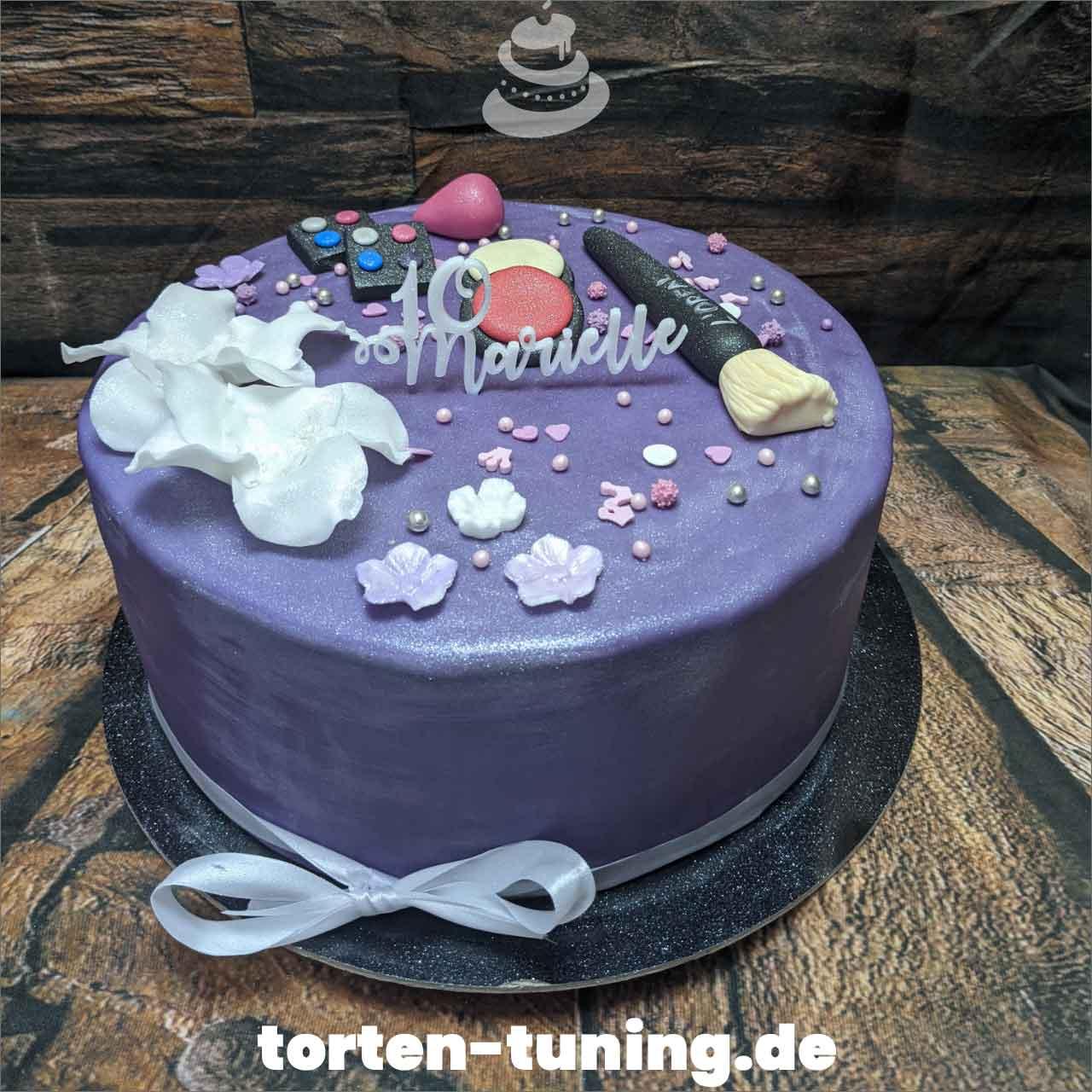 Schminke Dripcake Obsttorte Geburtstagstorte Motivtorte Torte Tortendekoration Torte online bestellen Suhl Thüringen Torten Tuning Sahnetorte Tortenfiguren Cake Topper