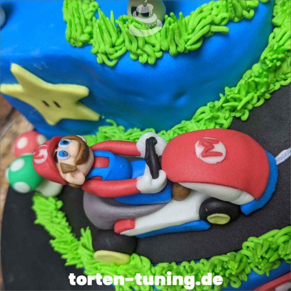 Super Mario Kart Tortendekoration online bestellen Fondantfiguren modellierte essbare Figuren aus Fondant Backzubehör Tortenfiguren Tortenfigur individuelle Tortendeko