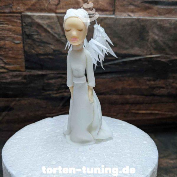 Weiße Fee Tortendekoration online bestellen Fondantfiguren modellierte essbare Figuren aus Fondant Backzubehör Tortenfiguren Tortenfigur individuelle Tortendeko