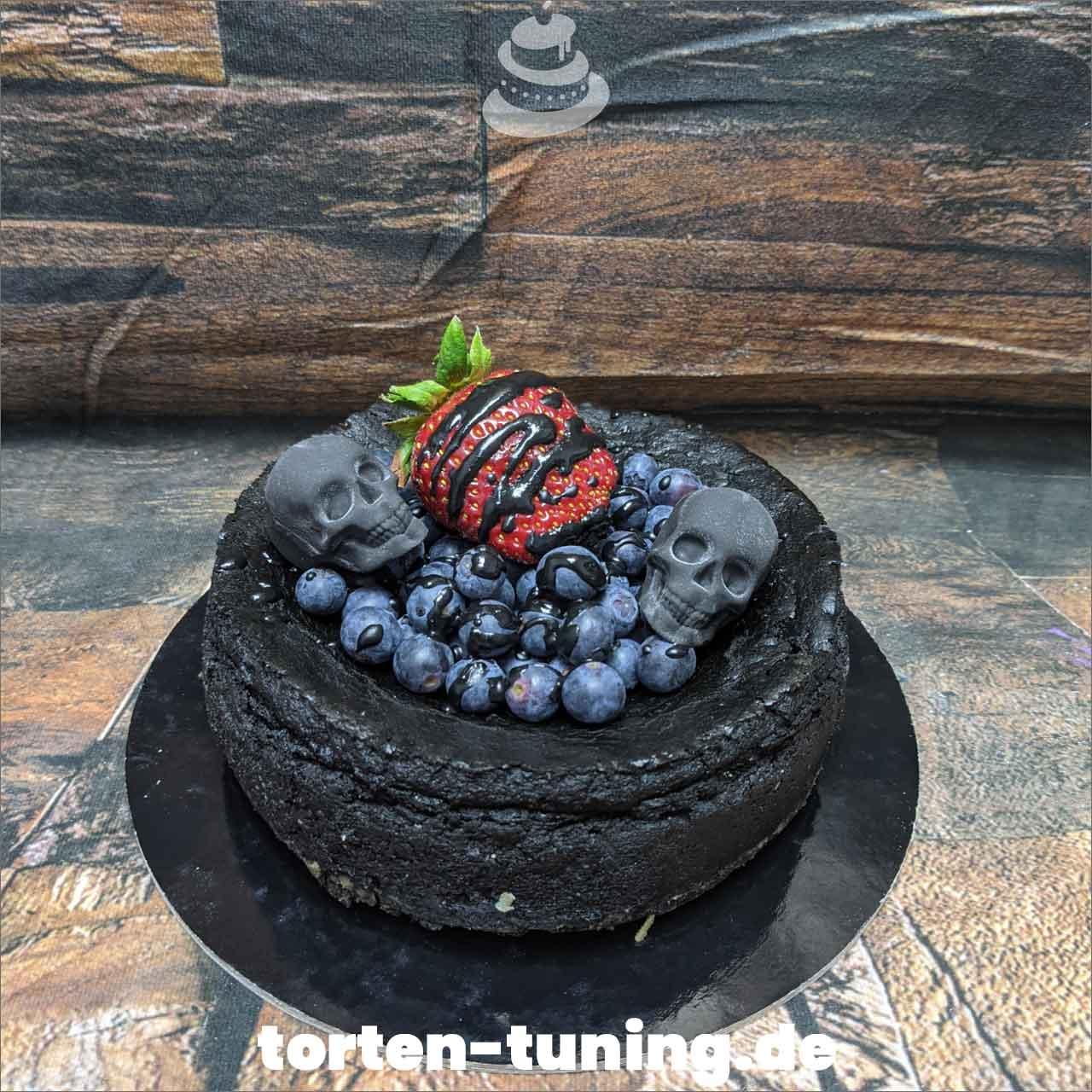 schwarzer Käsekuchen Totenkopf Dripcake Obsttorte Geburtstagstorte Motivtorte Torte Tortendekoration Torte online bestellen Suhl Thüringen Torten Tuning Sahnetorte Tortenfiguren Cake Topper