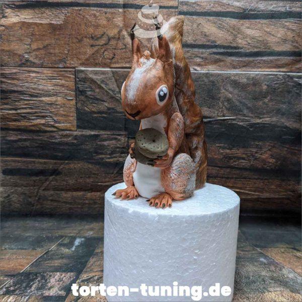 Tortendekoration Eichhörnchen Cake topper modellierte Figur Fondantfigur Tortenfigur Torte Torten Tuning Geburtstagstorte Suhl Hochzeitstorte Kindertorten Babytorten Fondant online
