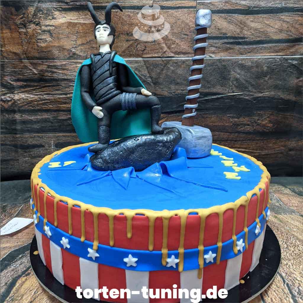 Loky Geburtstagstorte Tortendekoration modellierte Figur Fondantfigur Tortenfigur Torte Torten Tuning Geburtstagstorte Suhl Arnstadt Hochzeitstorte Kindertorten Babytorten Fon