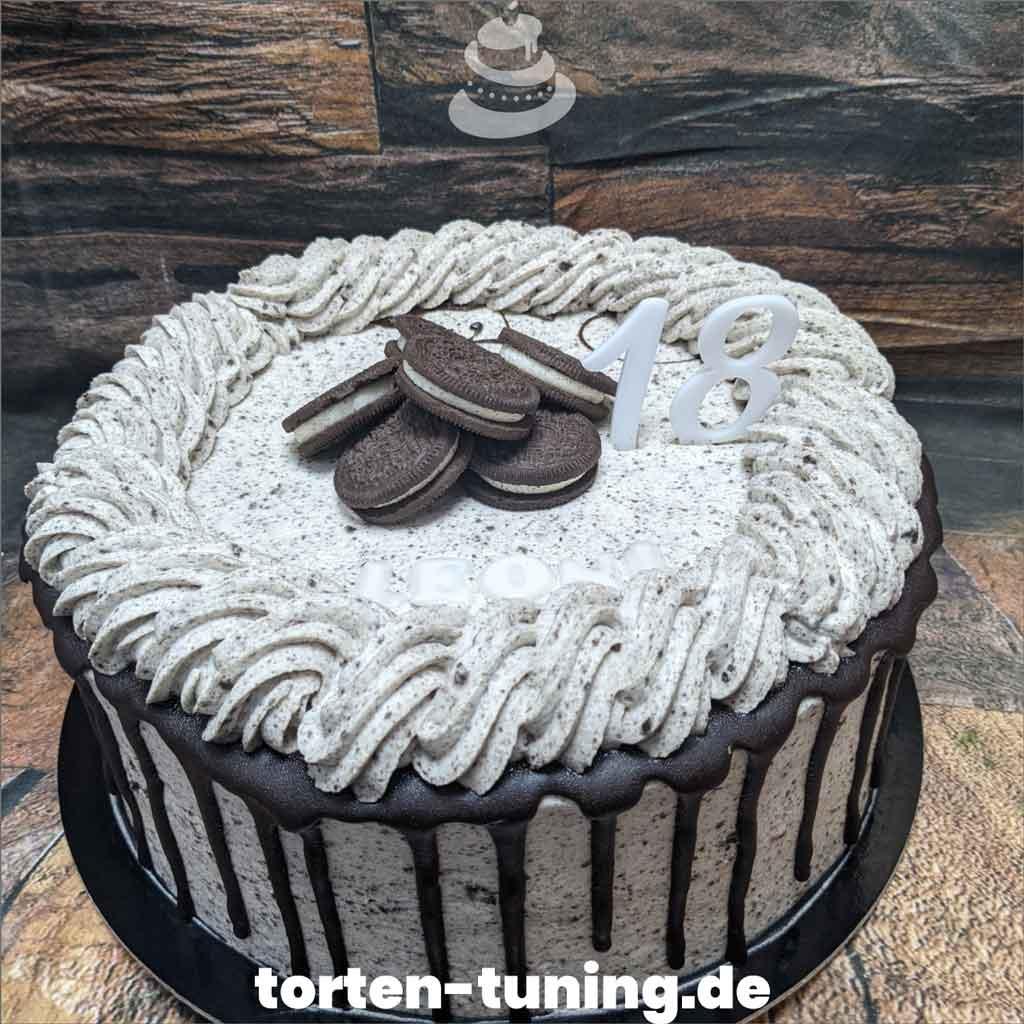 Oreo Torte Tortendekoration modellierte Figur Fondantfigur Tortenfigur Torte Torten Tuning Geburtstagstorte Suhl Arnstadt Hochzeitstorte Kindertorten Babytorten Fondant onli