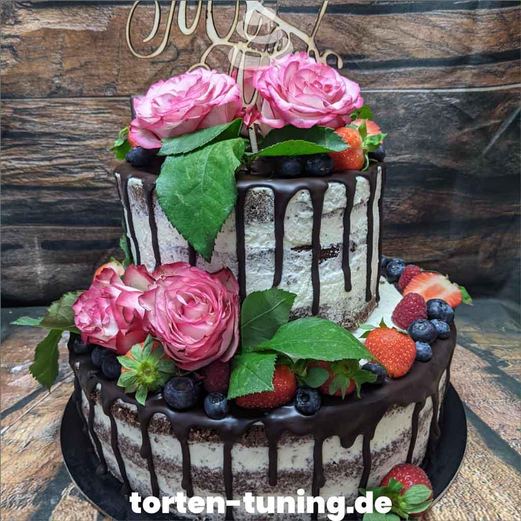 Rosen Hochzeitstorte Tortendekoration modellierte Figur Fondantfigur Tortenfigur Torte Torten Tuning Geburtstagstorte Suhl Arnstadt Hochzeitstorte Kindertorten Babytorten Fon