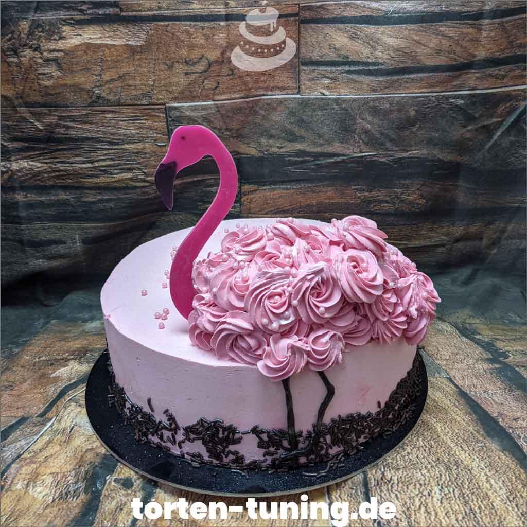 Torte rosa Flamingo Tortendekoration modellierte Figur Fondantfigur Tortenfigur Torte Torten Tuning Geburtstagstorte Suhl Arnstadt Hochzeitstorte Kindertorten Babytorten Fondant onli