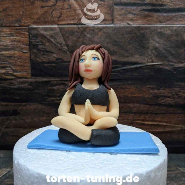 Yoga Frau Tortendekoration online bestellen Fondantfiguren modellierte essbare Figuren aus Fondant Backzubehör Tortenfiguren Tortenfigur individuelle Tortendeko.jpg.jpg