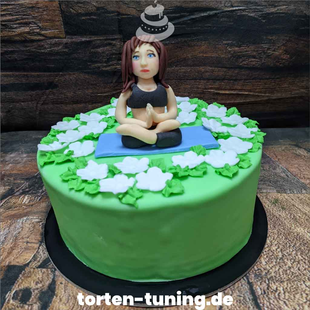 Yoga Geburtstagstorte Tortendekoration modellierte Figur Fondantfigur Tortenfigur Torte Torten Tuning Geburtstagstorte Suhl Arnstadt Hochzeitstorte Kindertorten Babytorten Fon